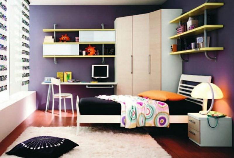 Teenager Zimmer einrichten Wandfarbe Violett Kleiderschrank weiss