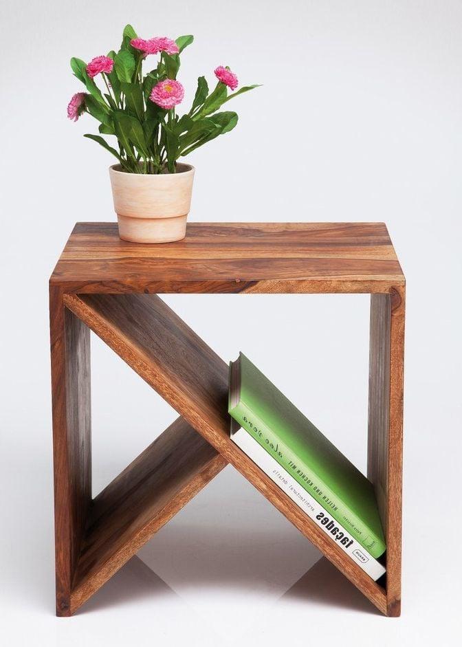 Geometrische Wohnideen: Zeitungsständer mit Ablage aus Holz