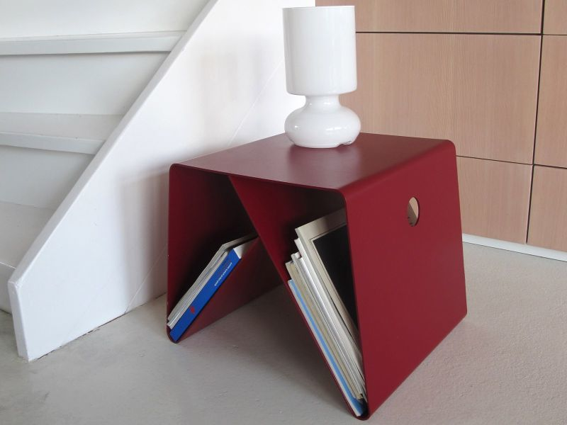 Moderner Zeitungsständer mit Tisch: Praktische Lösungen für Ihr aufgeräumtes Eigenheim