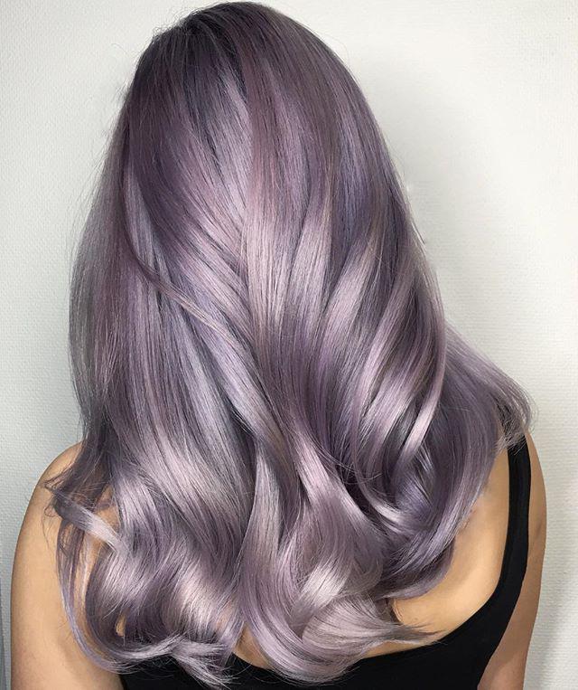 Haarfarbe Violett - die Wahl der Farbinstitut Pantone