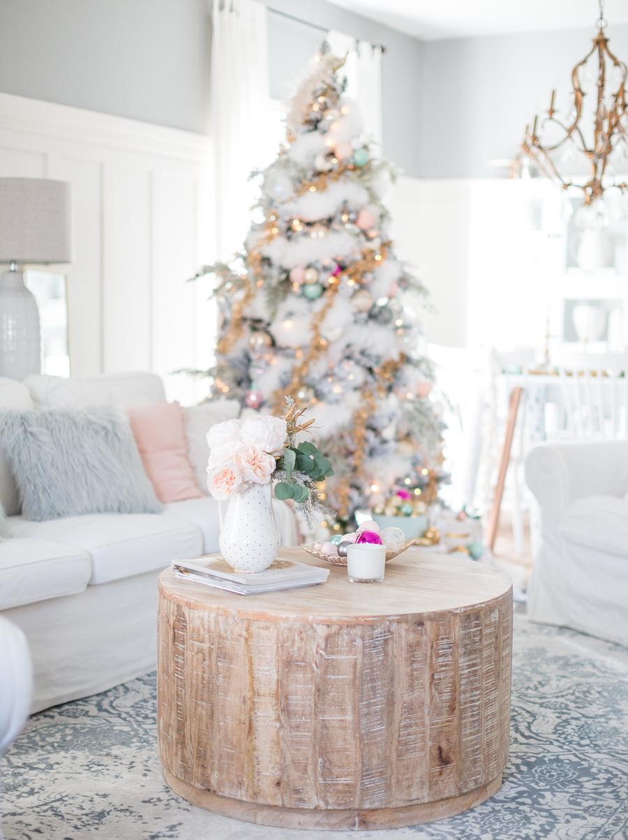 Weiß wohnen, weiß feiern: Tolle Ideen für scandinavische Deko Weihnachten