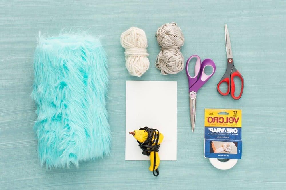 Die nötigen Materialien für ein Einhorn Kostüm selber machen