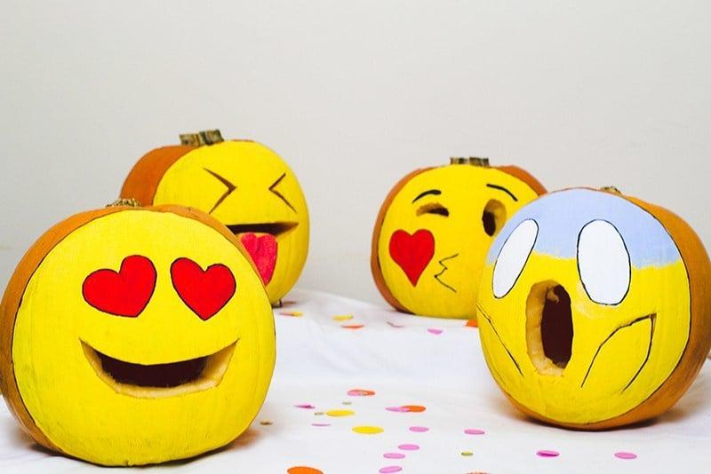 Lustiges Emoji Kürbis Gesicht