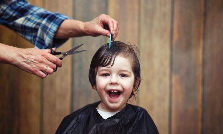 Cool in der Schule - trendige Jungs Frisuren 2018