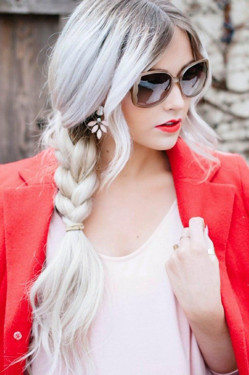 Haarfarbe Silberblond Flechtzopf romantisch