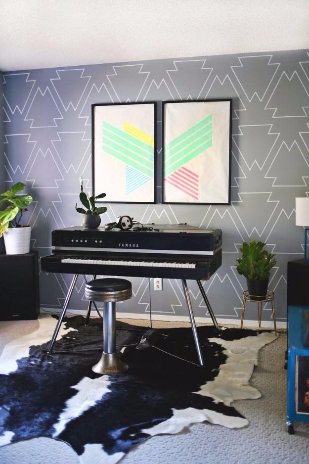 Wohnzimmer Wandgestaltung mit dekorativen Akzente und Motive