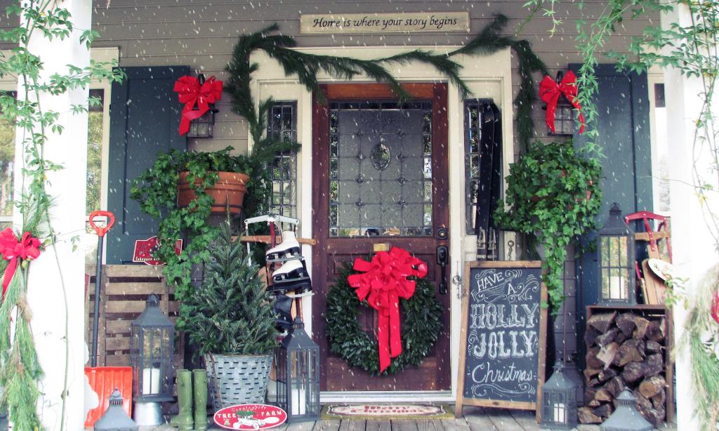 Leuchtende wunderschöne Weihnachtsdeko draußen wohin das Auge reicht: Schaffen Sie ein magisches Ensemble auf Ihrer Veranda mit unseren Ideen