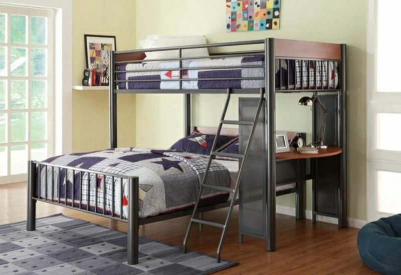 Hochbett mit Schreibtisch zwei Matratzen Schreibecke