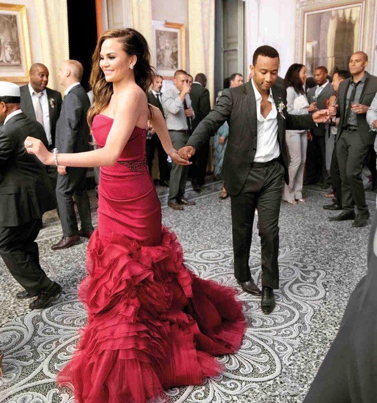 rote Brautkleider Hochzeit John Legend