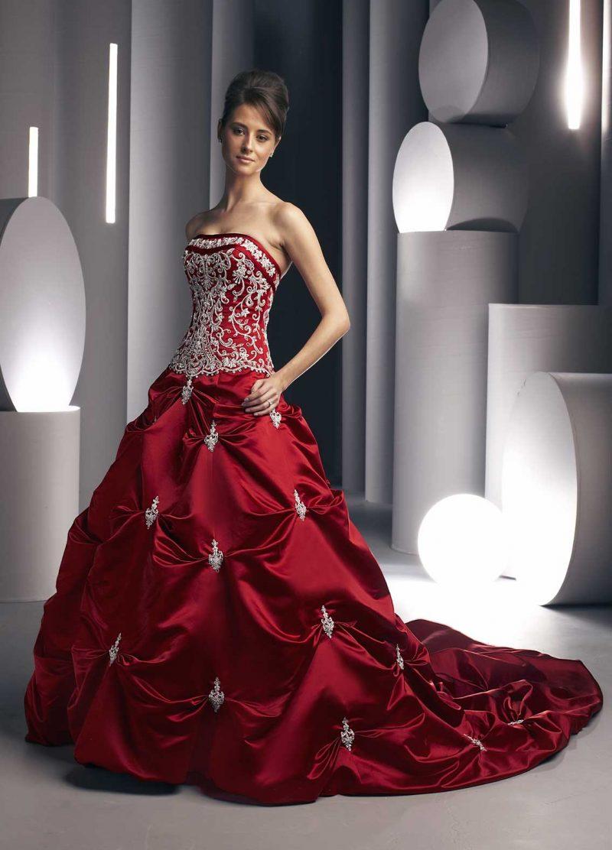 rote Brautkleider prachtvolles Modell slberne Verzierungen