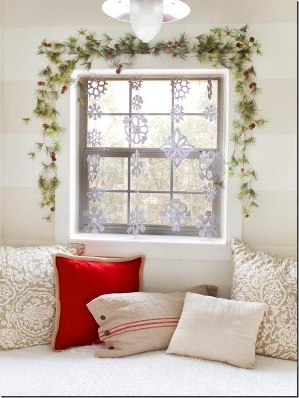 Schneeflocken basteln bezaubernde Fensterbilder