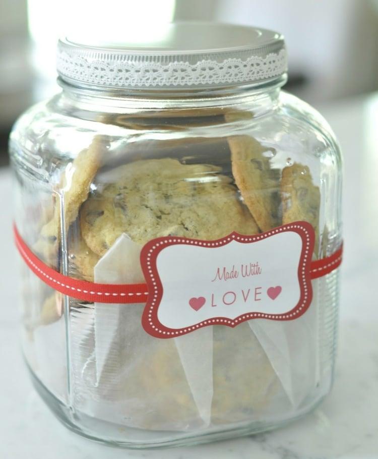 essbare Geschenke im Glas selbst gebackene Kekse