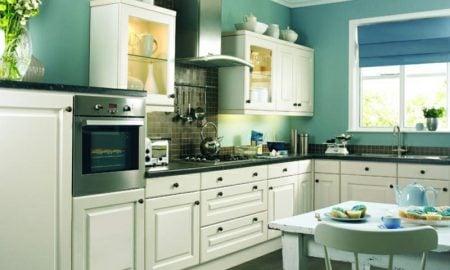 Küche streichen Lindgrün