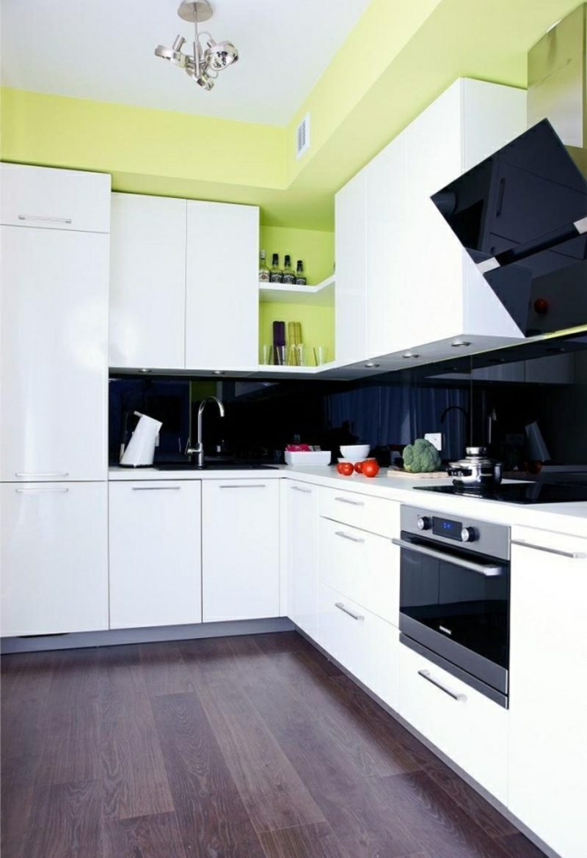 Küche streichen Pastellgrün Weiss