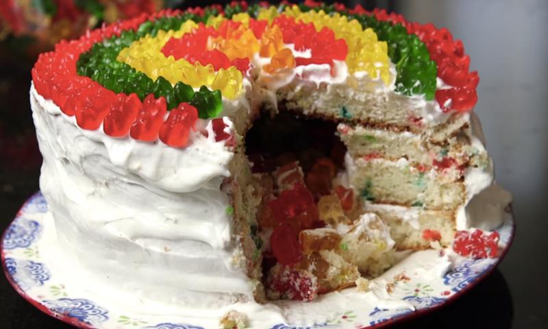 Gummibärchen Torte leckeres Rezept Geburtstag