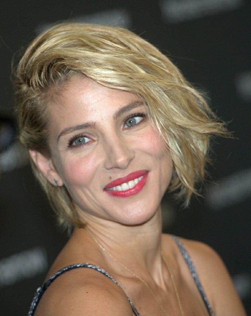 freche Kurzhaarfrisuren Sidecut blonde Haare