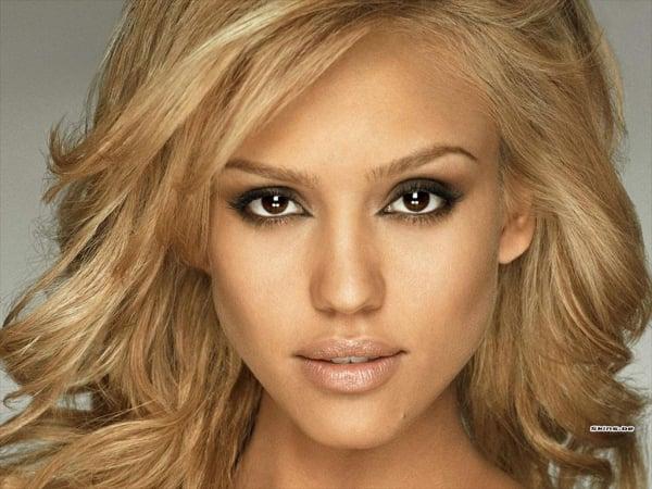braune Augen schminken Jessica Alba
