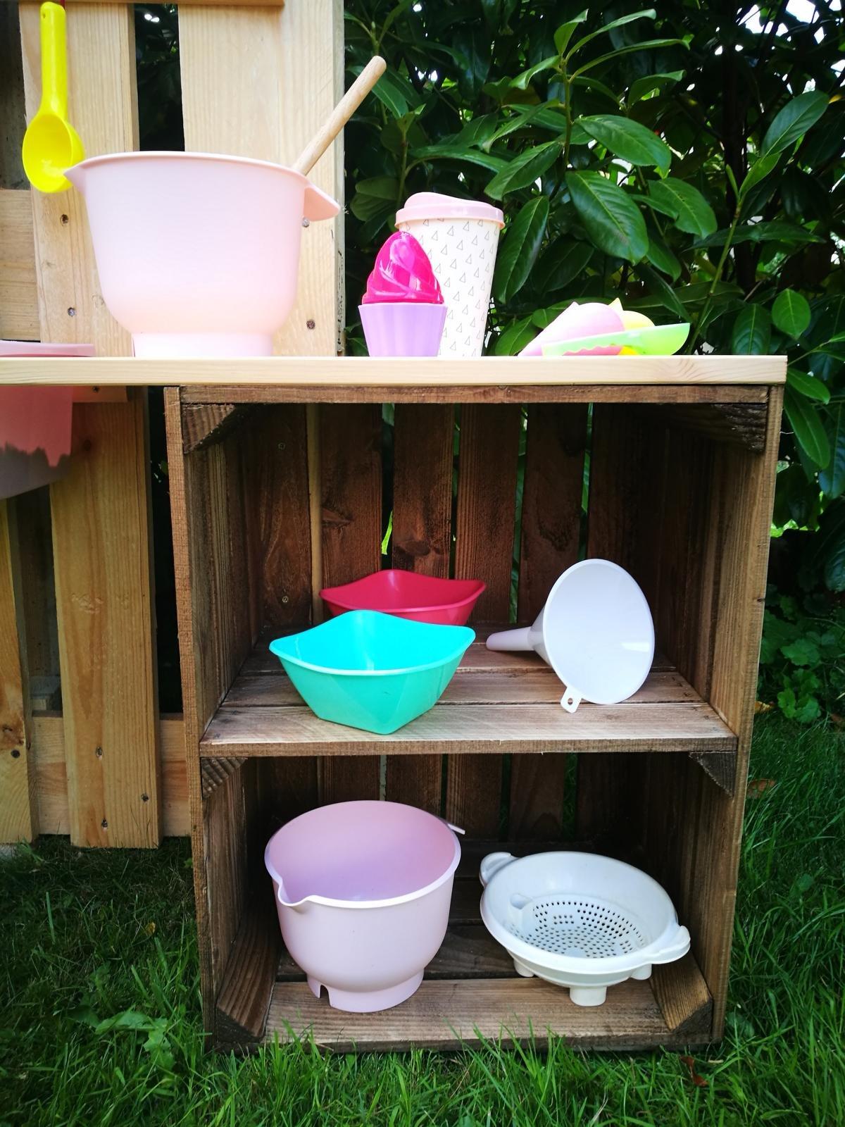 Kinderküche selber bauen - Matsküche aus Obstkisten Paletten