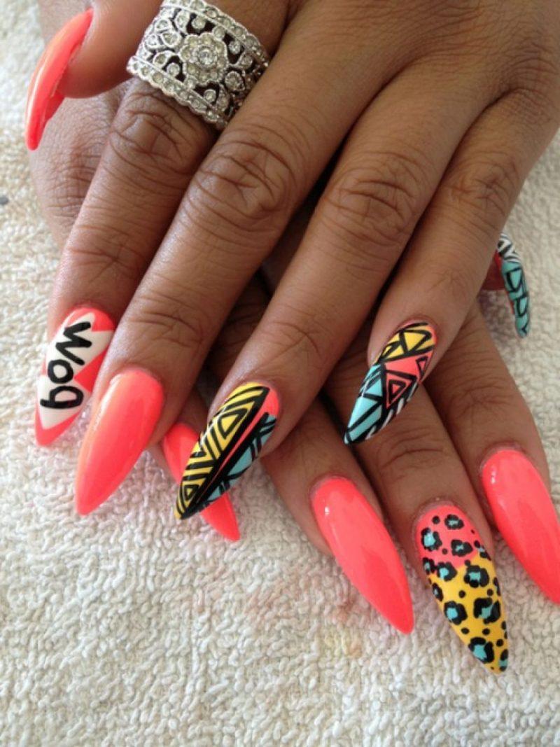Stiletto Nails bunte Motive frölich