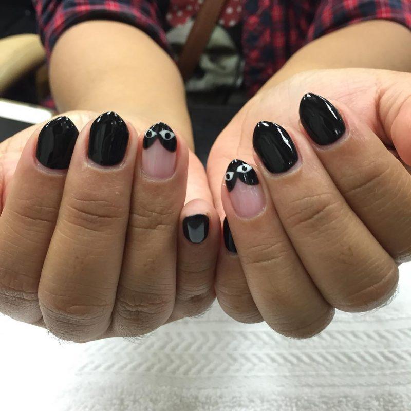 Stiletto Nails schwarz originell Akzentfinger