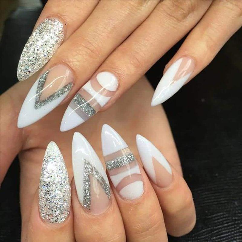 Stiletto Nails weiß silbern durchsichtig eleganter Look
