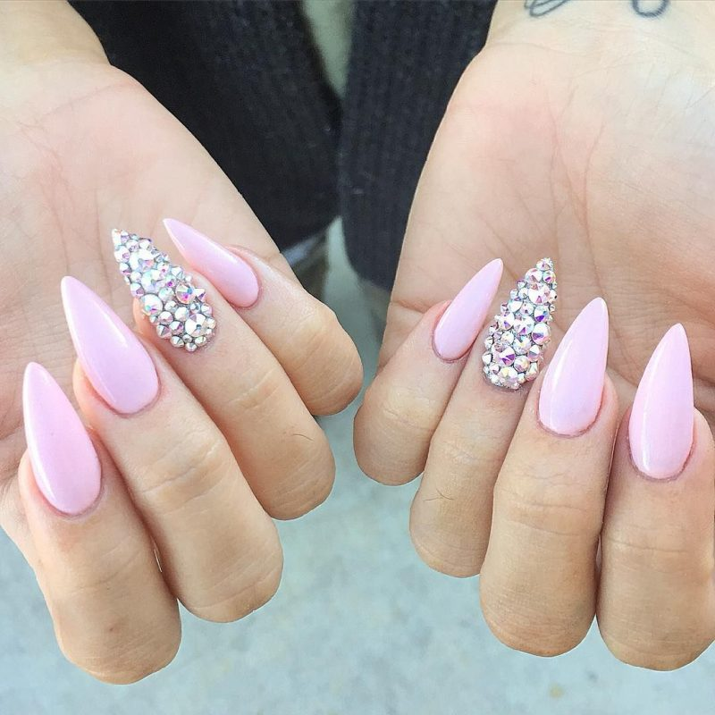Stiletto Nails yartrosa Strasssteine