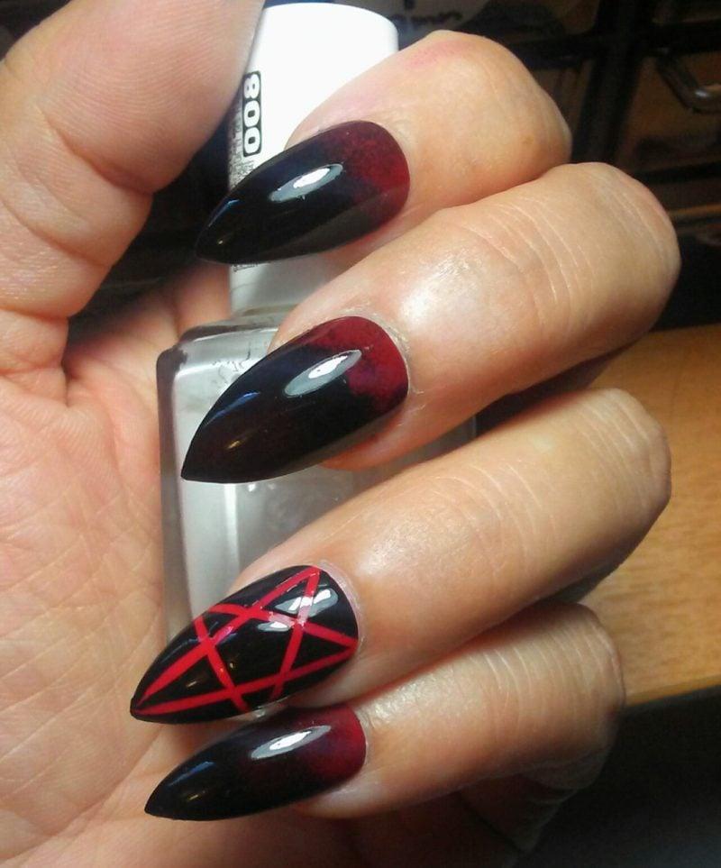Stiletto Nails Rot und Schwarz herrlicher Look