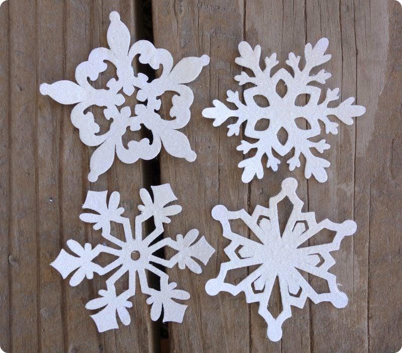 Schneeflocken basteln tolle DIY Idee Weihnachten