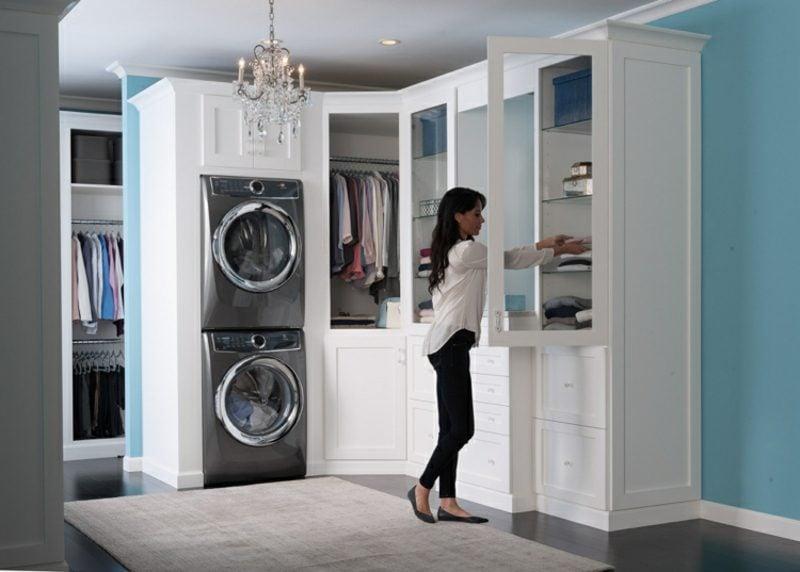 Schrank für Waschmaschine und Trockner übereinander Ankleidezimmer