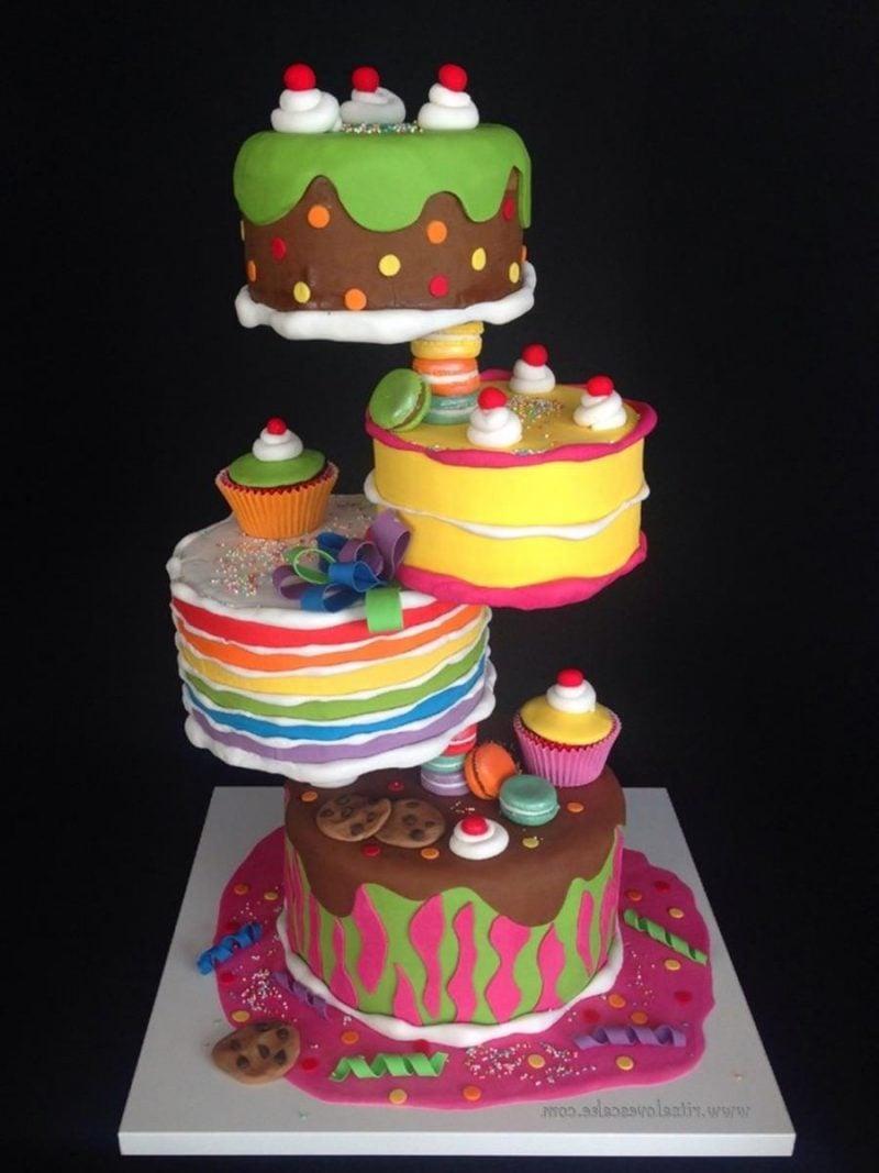 Gravity Cake bemerkenswert 4 Stockwerke