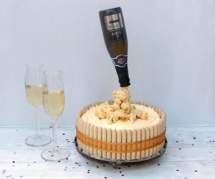 Gravity Cake Sektflasche DIY Anleitung