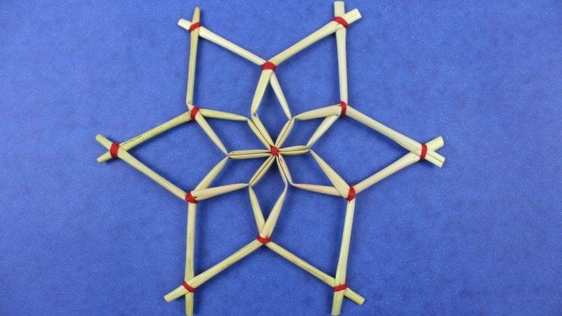 Strohsterne basteln originelle Muster