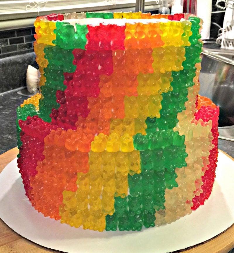 Gummibärchen Torte zwei Stockwerke herrlicher Look