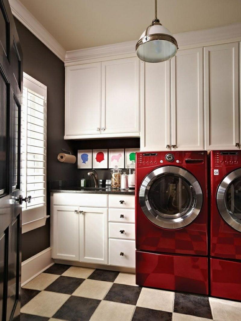 Schrank für Waschmaschine und Trockner eingebaut rot moderner Look