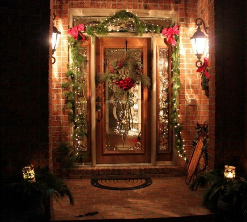 Weihnachtsdeko drauβen Hauseingang schmücken