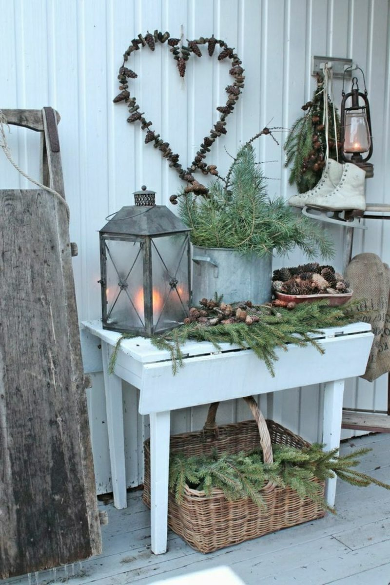 Weihnachtsdeko drauβen Balkon Retro Kerzenlaterne