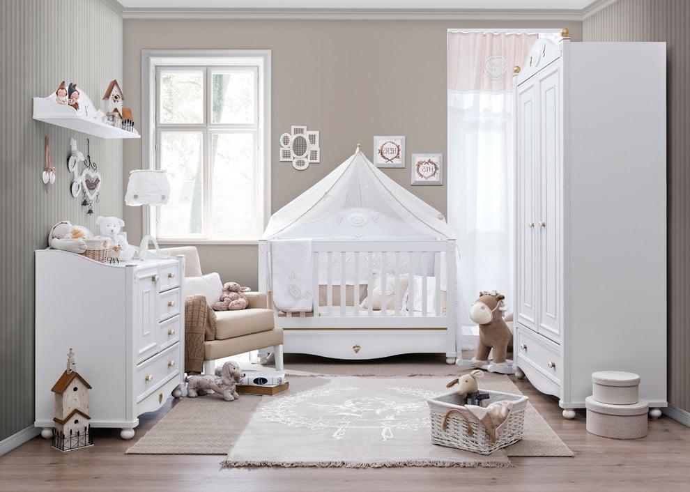 Babyzimmer Mädchen gestalten in Pastelfarben