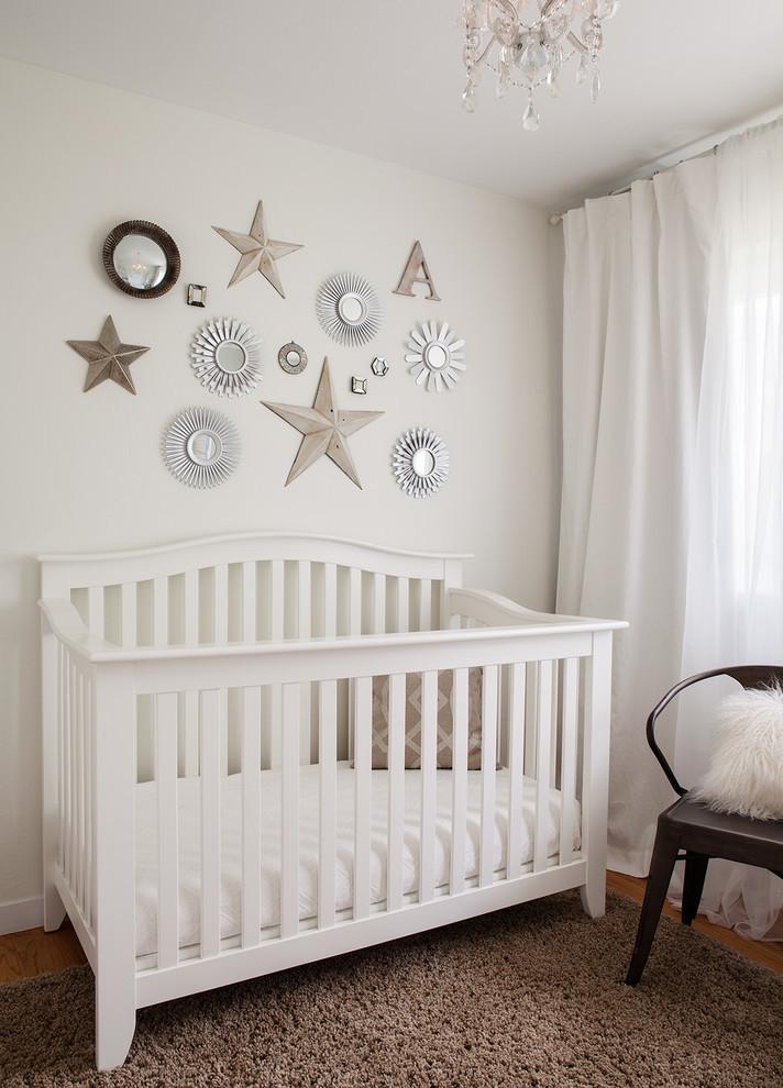 Babyzimmer gestalten in neutral Farben
