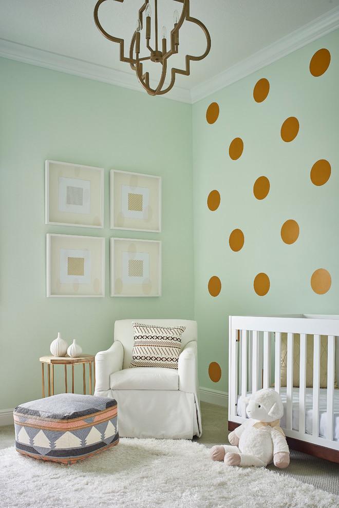 Kinderzimmer Ideen Mädchen - Wandgestaltung mit Polka Dot