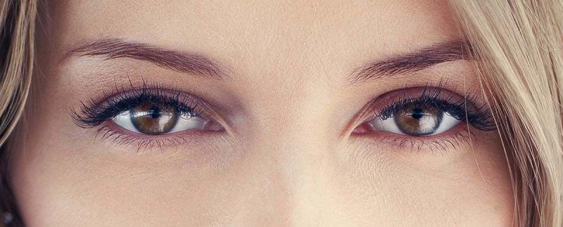 braune Augen schminken Make up dezent Alltag