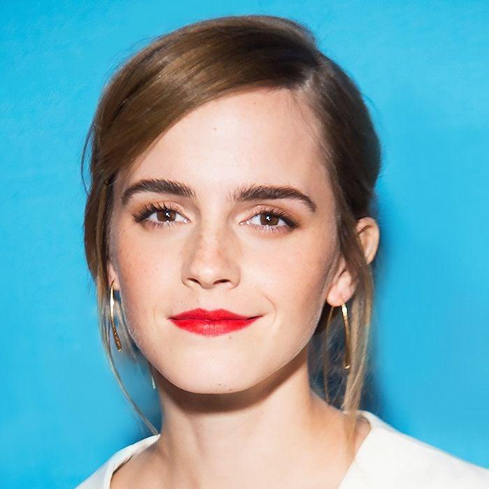braune Augen schminken bronze Lidschatten roter Lippenstift