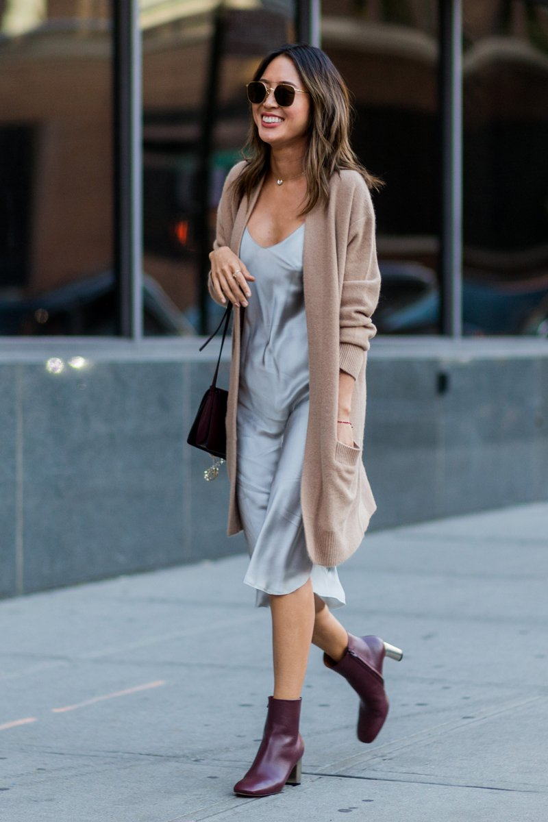 Herbst Outfit Ideen - Kleider mit Boots kombinieren