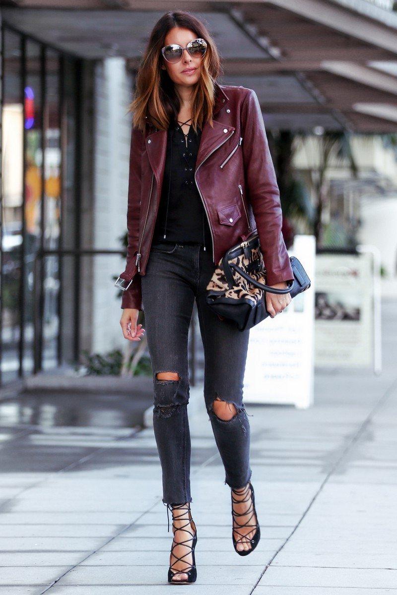 Herbst Outfit für die warmen Tagen - Jeans mit Lederjacke kombinieren