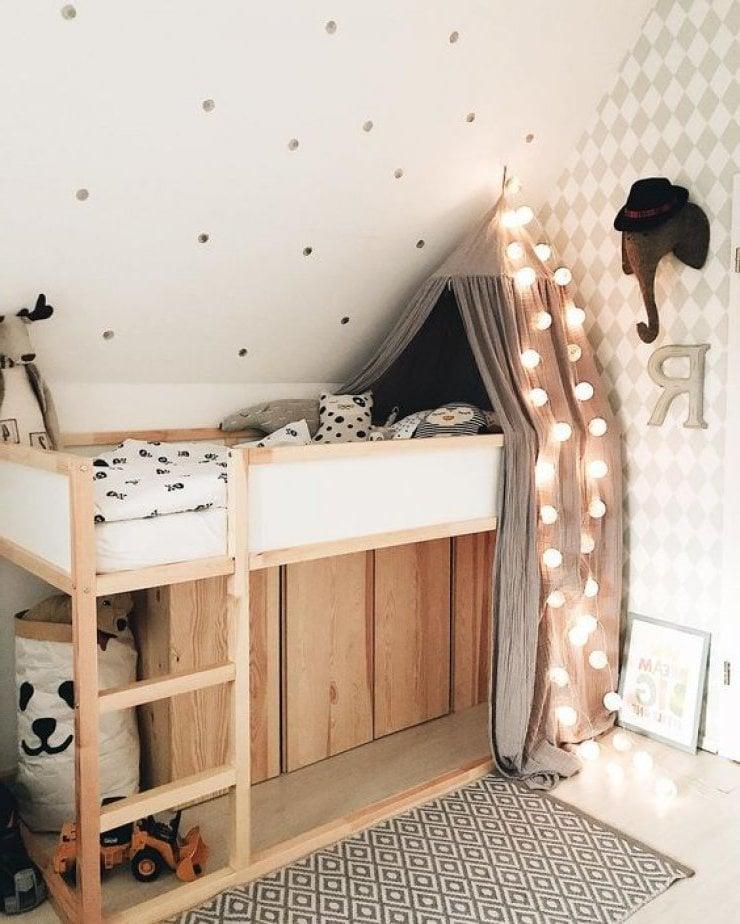 Ikea Kura Bett in einem Kinderhochbett verwandeln
