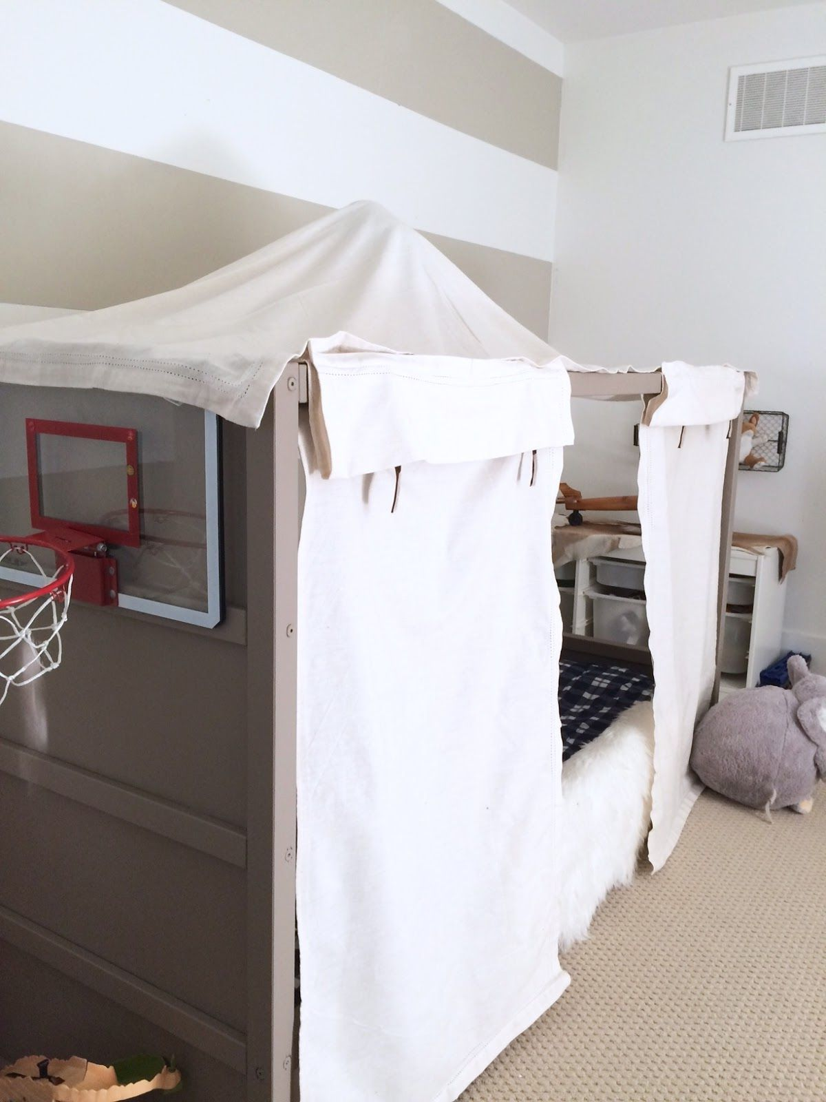 Kinderbett Ikea mit Ikea Vorhänge pimpen