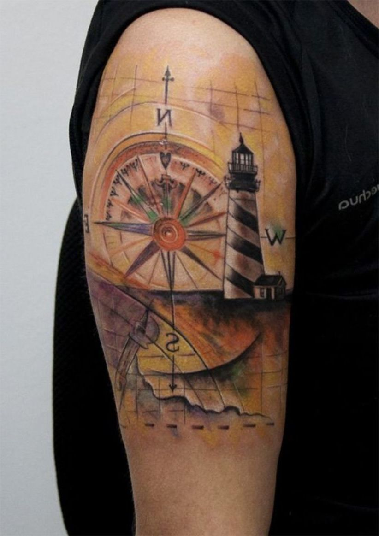 Leuchtturm Kompass Tattoo Design