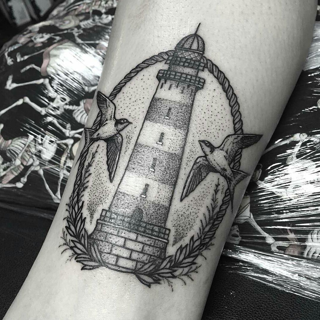 Leuchtturm Tattoo - Ideen und Bedeutung