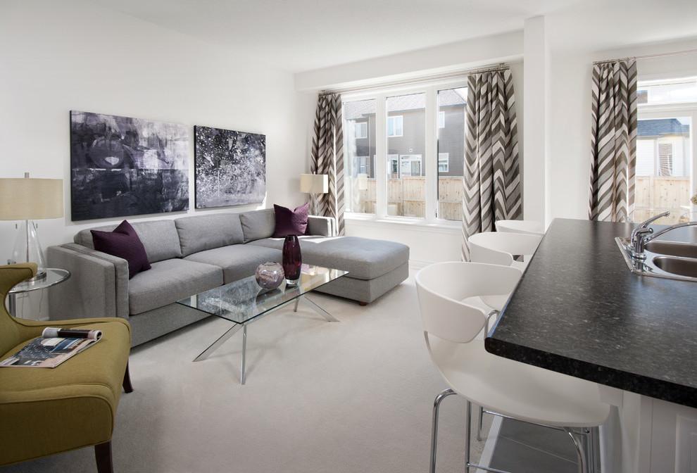 Welche Farbe passt zu Grau im Wohnzimmer?
