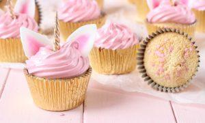 Einhorn Muffins mit rosa Buttercreme herrlicher Look