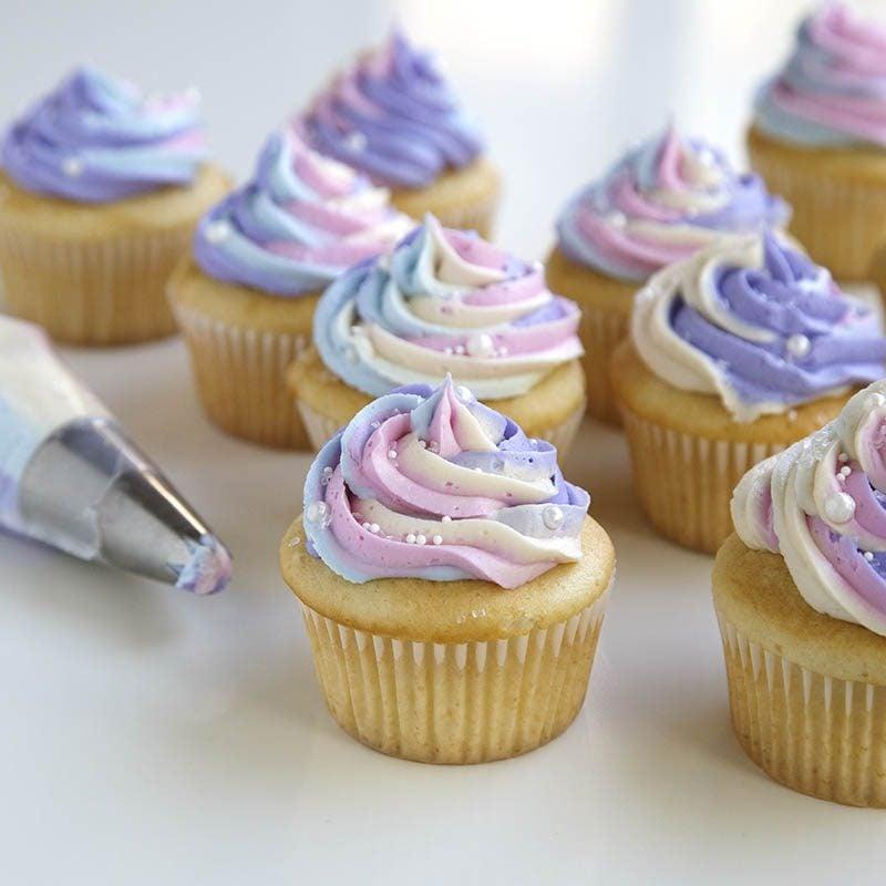 Einhorn Muffins bunte Glasur herrlicher Look